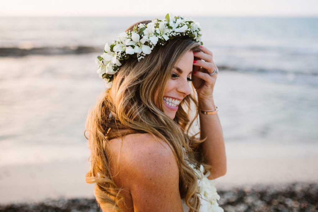 kukio beach wedding bride, hawaii bride, hawaii destination wedding photographer
