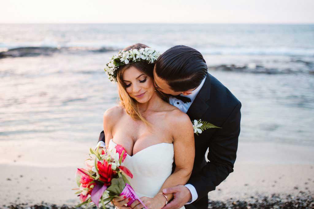 hawaii beach wedding style, big island, kukio beach wedding, kukio beach, kukio beach and golf