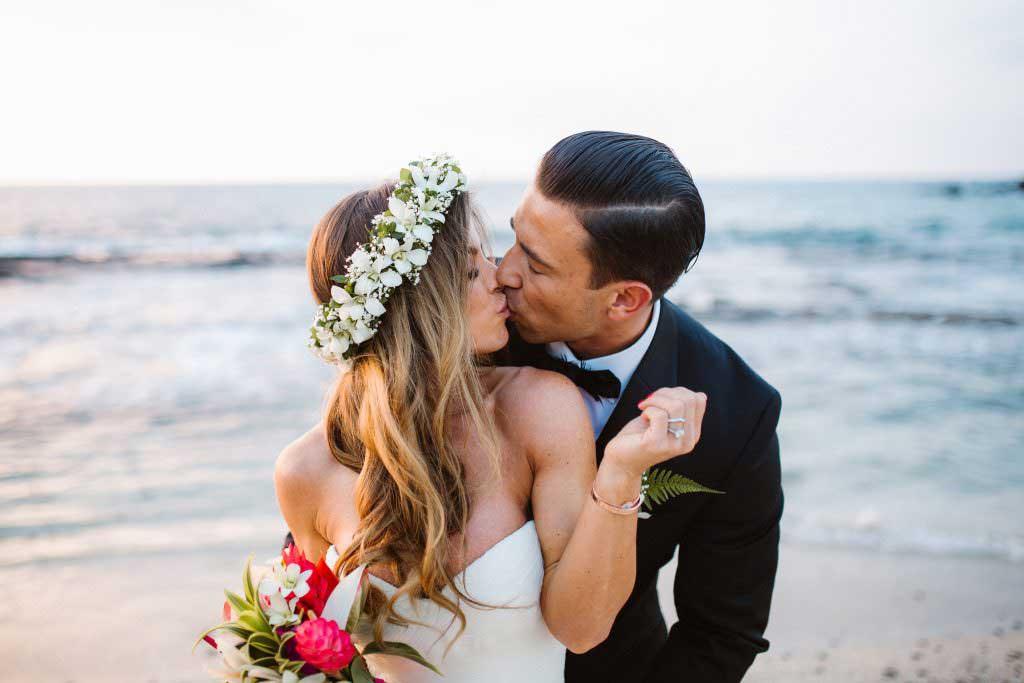 kukio beach elopement, kukio beach photographer, kukio beach weddings, kona weddings