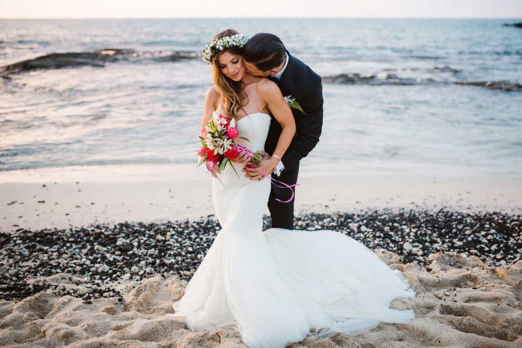 hawaii bride and groom, destination hawaii, elope in hawaii