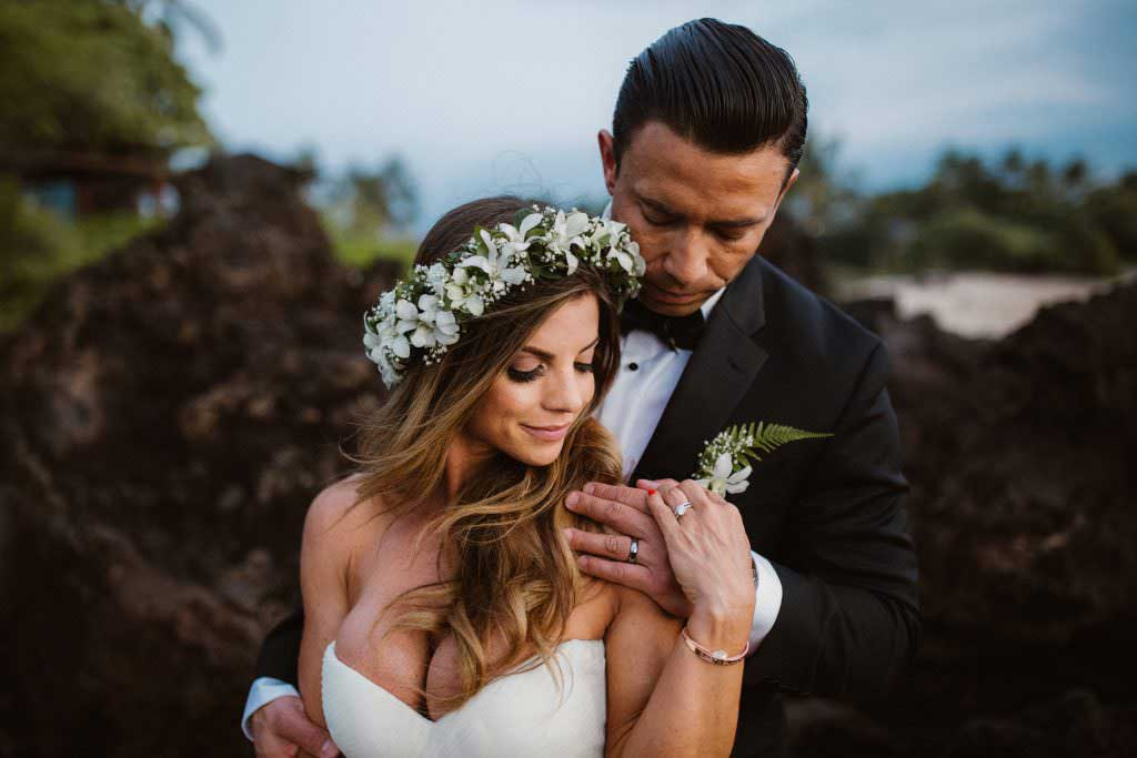 hawaii bride and groom wedding wire