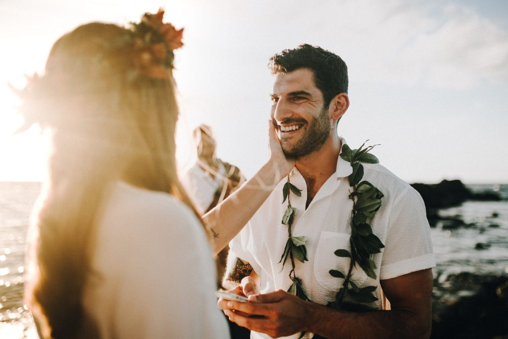hawaii wedding, big island elopement, hawaii elopement, hawaii wedding, big island wedding, big island wedding ceremony, hawaii beac wedding, hawaii lei, bride flowers, lava wedding, barefoot wedding