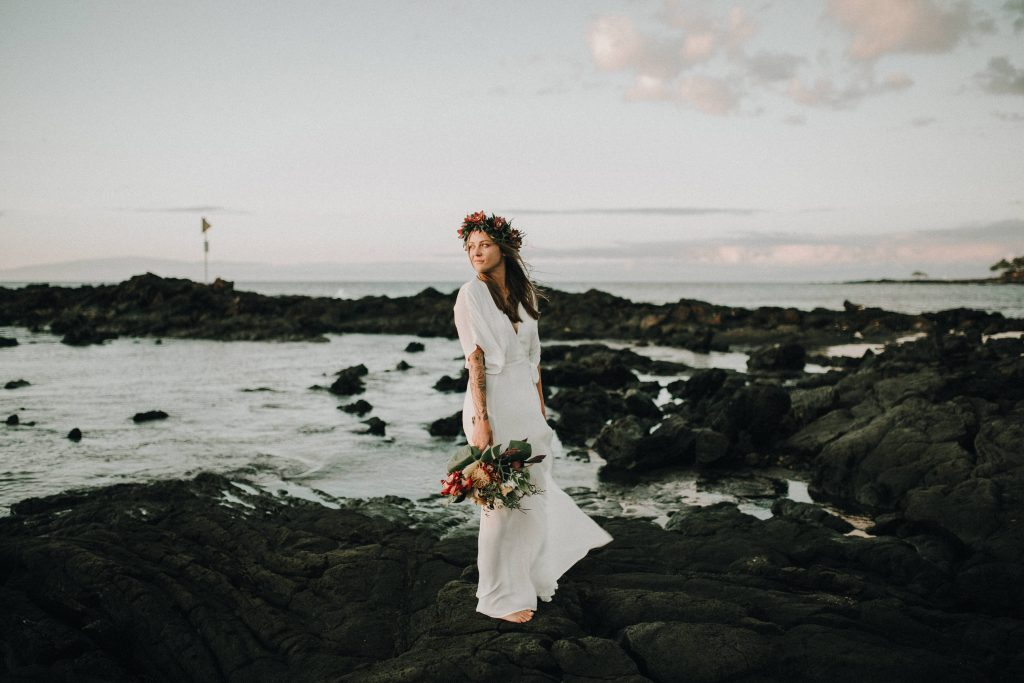 hawaii wedding, big island elopement, hawaii elopement, hawaii wedding, big island wedding, big island wedding ceremony, hawaii beac wedding, hawaii lei, bride flowers, lava wedding, barefoot wedding, hawaii bride