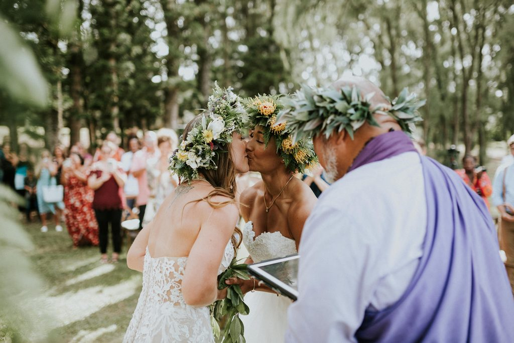 grace flowers hawaii, hawaii flowers, big island wedding vendors, hawaii destination wedding, same sex wedding