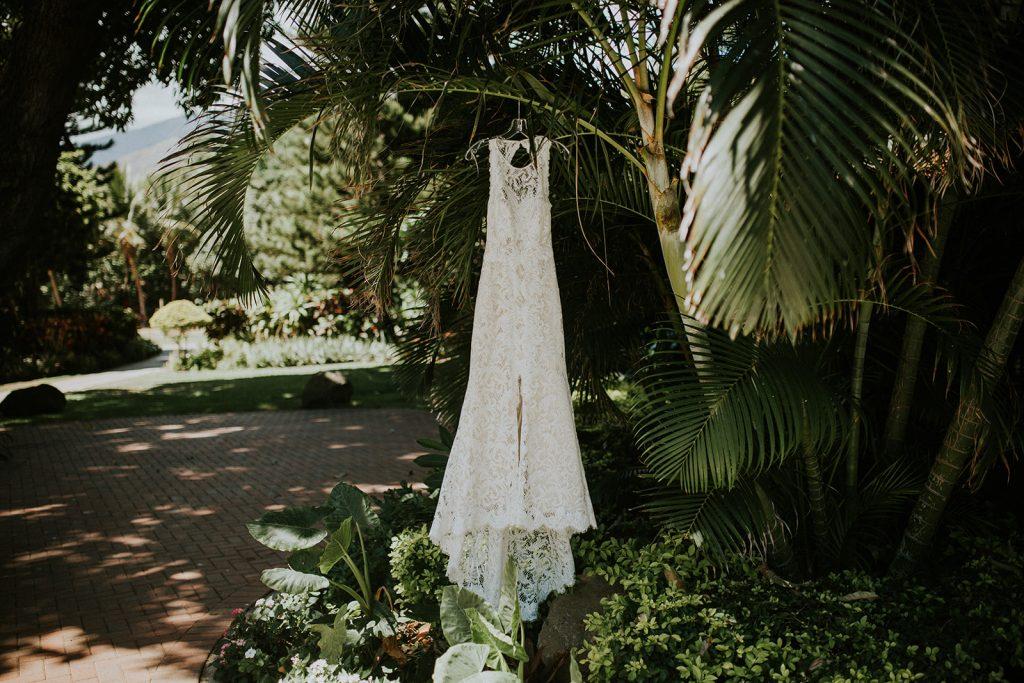 wedding dress maui wedding