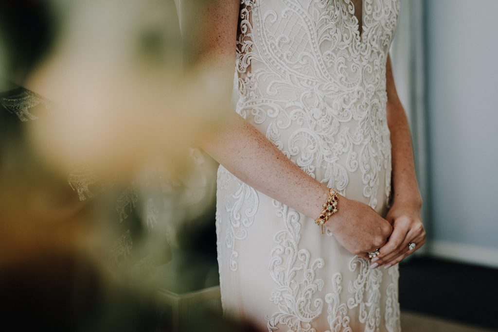 BHLDN, Bhldn wedding, bhldn wedding dress, bhldn hawaii wedding, bhdln hawaii wedding dress