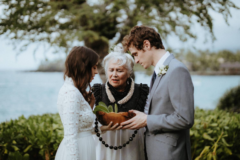 sheraton kona, big island wedding venue, big island elopement, sheraton kona wedding, sheraton kona photos, sheraton kona wedding packages, kona wedding