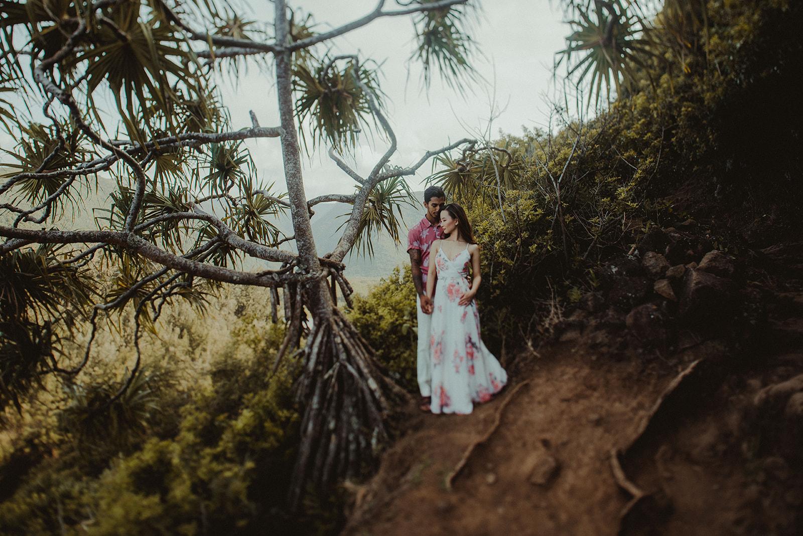pololu valley, hawaii, big island, hawaii vacation, hawaii vacation package, hawaii wedding, big island elopement, hawaii wedding packages, hawaiian wedding, getting marriend in hawaii, hawaii beach wedding, hawaii elopement package, elope in hawaii, big island photographer, hawaii wedding photographer