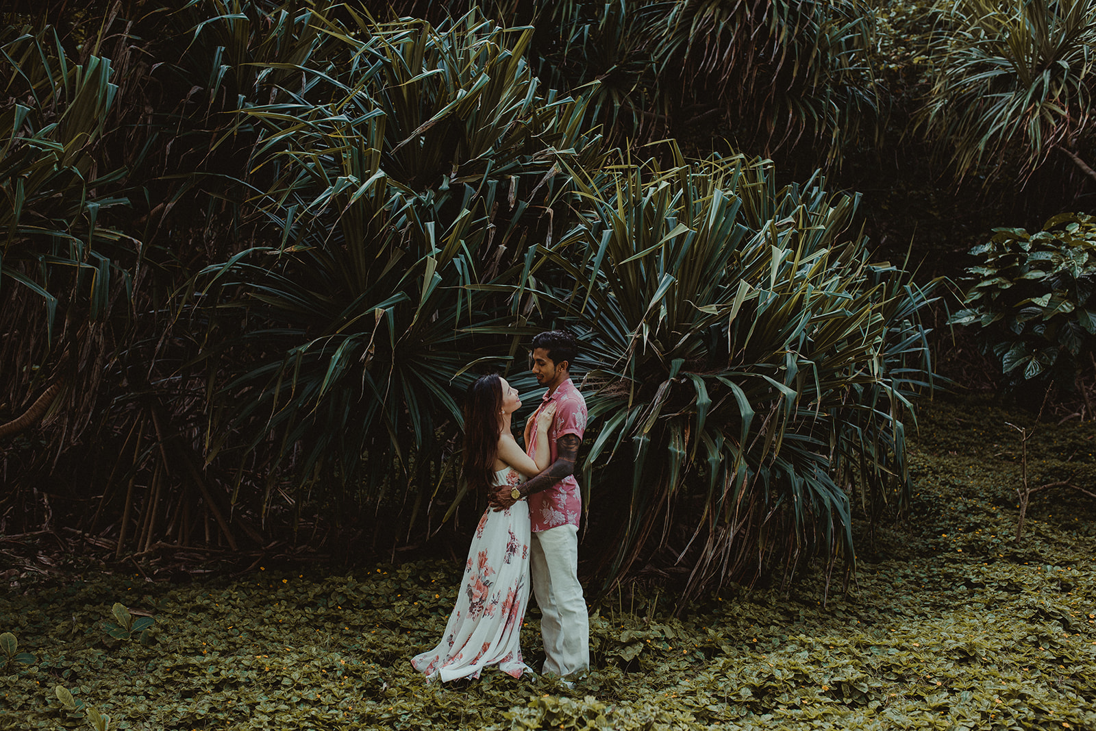 getting married in Maui
