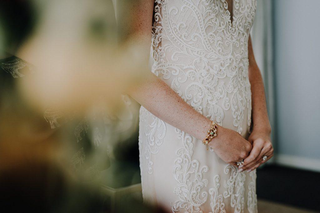 BHLDN, Bhldn wedding, bhldn wedding dress, bhldn hawaii wedding, bhdln hawaii wedding dress