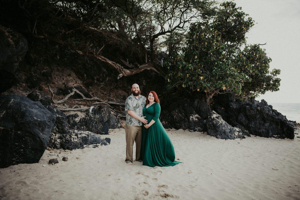 hawaii maternity photographer, big island maternity, hapuna beach, big island photographer, big island family photographer, maternity dress, waikoloa photographer, maternity