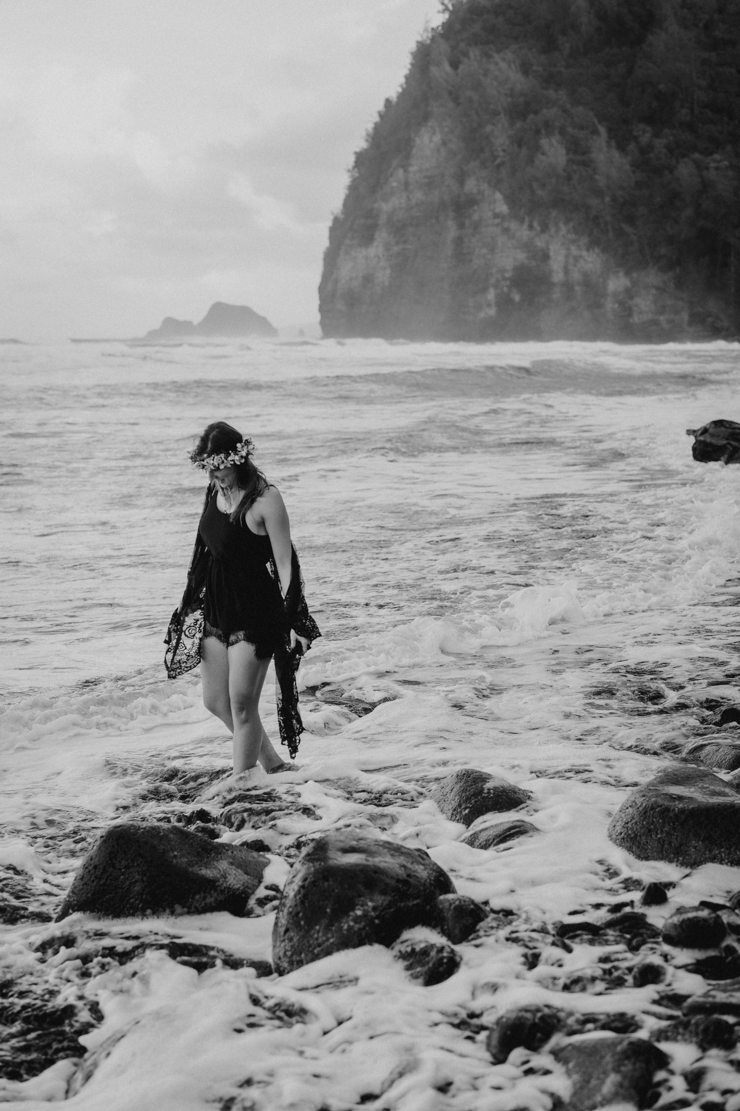 big island family photo session, hawaii photo session, big island photographer, big island photo session, best hawaii photographers, pololu valley photo session, hawaii anniversary, big island vow renewal, kona photographer, big island photos, hawaii unchained, big island best photos