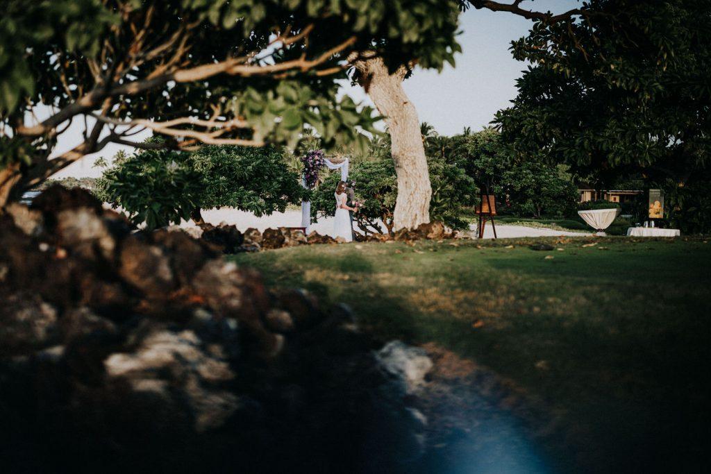 four seasons hualalai beach wedding