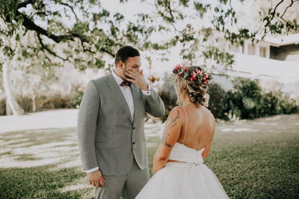 big island wedding ceremony, hawaii wedding ceremony, maui wedding ceremony, big island first look
