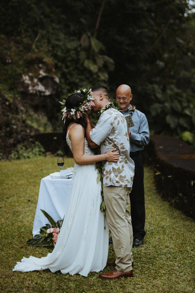 hilo wedding ceremony, hawaii wedding ceremony, big island wedding ceremony, hawaii weddings, big island photographer, elope in hawaii, hawaii destination wedding, hawaii weddings, big island love, unchained hawaii, kamaaina wedding