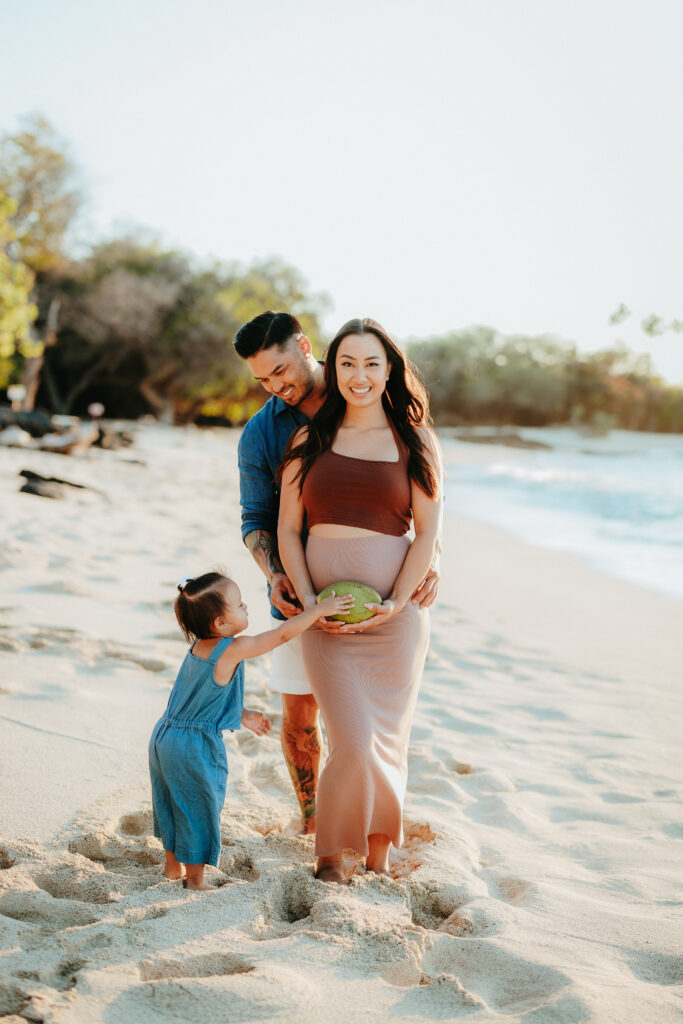 makalawena photo session, big island photographer, big island hawaii, family photo session big island, big island hawaii photo session, hawaii photographer kona, waikoloa family photographer, kona maternity session, waikoloa maternity session