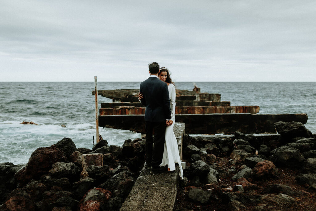 hawaii wedding dress, big island elopement, big island photographer, eloping on the big island hawaii, elopement packages hawaii, big island elopement packages, elope hawaii on the beach, maui elopement, maui photographer, maui weddings, maui elopement packages